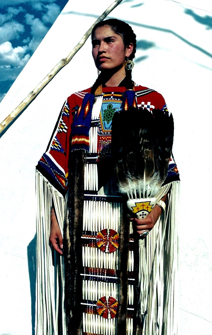 19. Khena Bullshields, Blood-Blackfoot, Crow Fair, Montana, 1996.