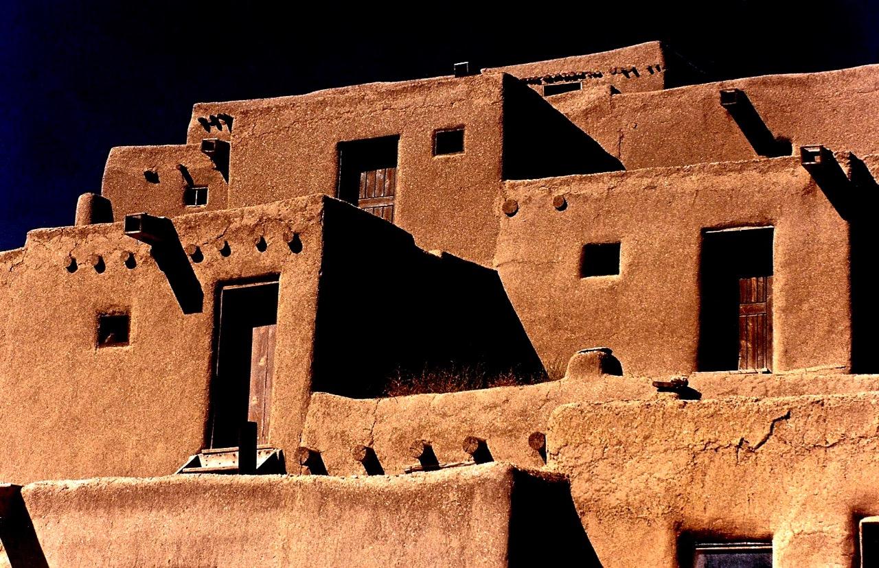14. Taos Pueblo, New Mexico, 1987.