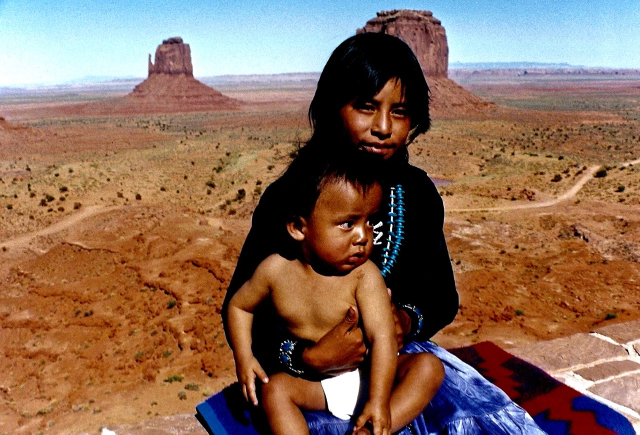 18. Kylie and Bert Attine, Monument Valley, Utah, 1987.